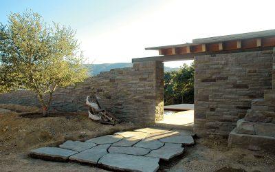 New York Bluestone Shapes Mountain Estate