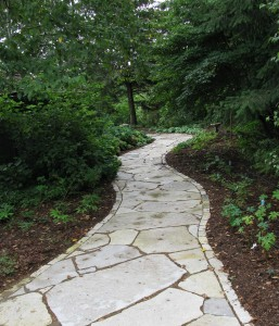 Fond du Lac dolomitic limestone flagstone and landscape edging. Photo courtesy of Buechel Stone.