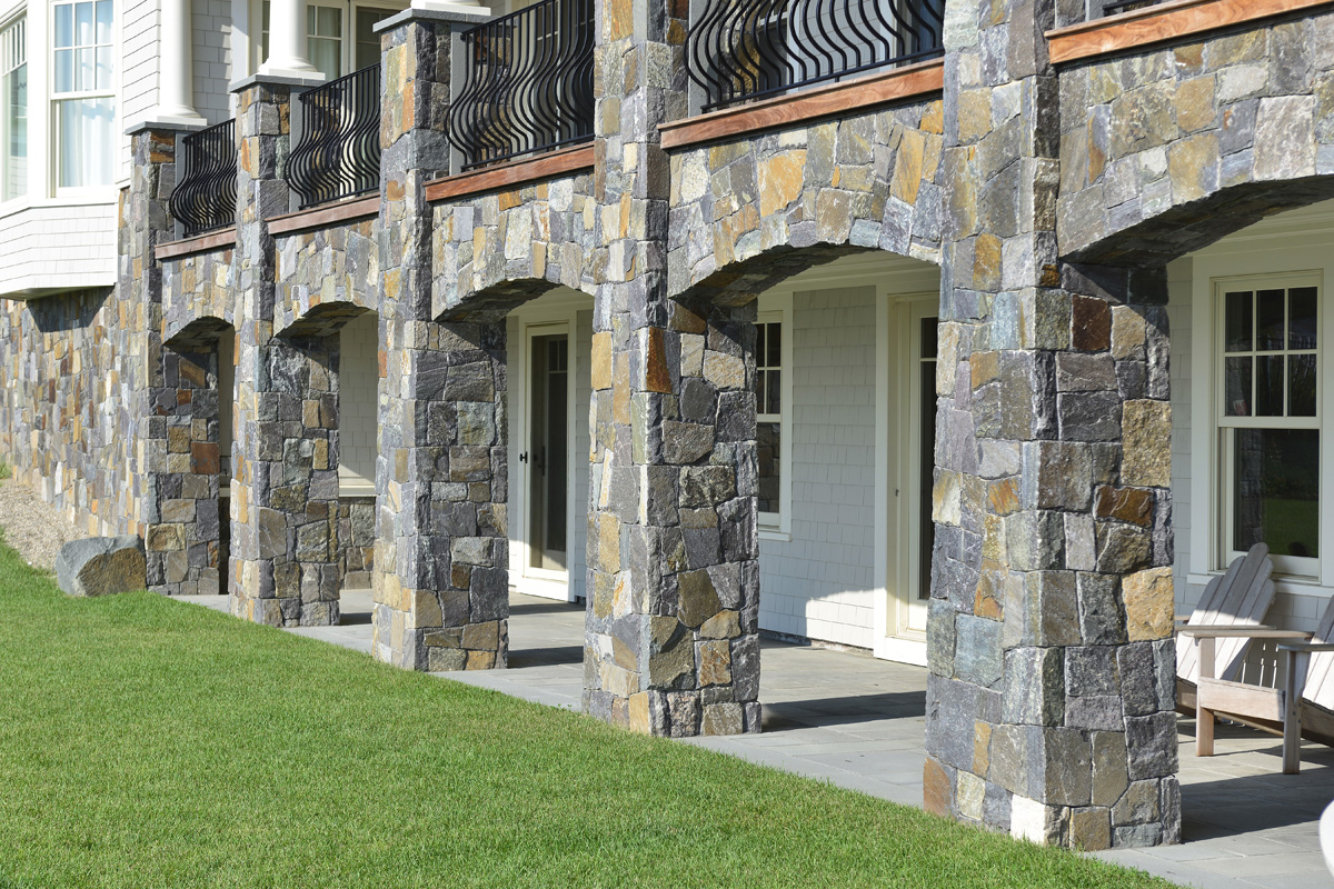 Natural thin stone veneer an introduction use natural stone - Houses natural stone facades ...
