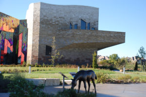 Prairie Fire Museum, featuring Chestnut Shell, Flint Hills Mottled, Prairie Shell, and Cottonwood Kansas limestone. Photo courtesy of U.S. Stone Industries.