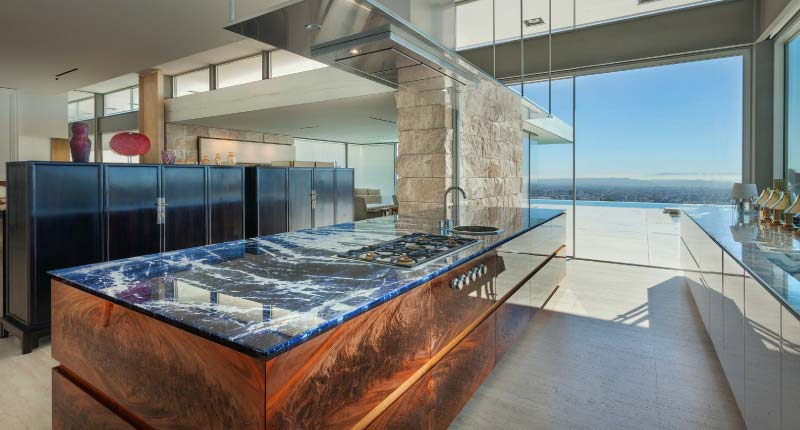 A California Home Full of Natural Stone
